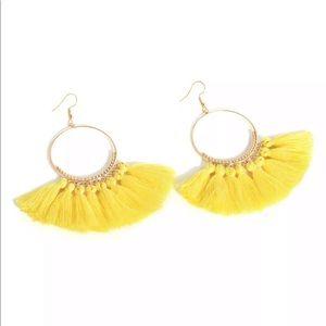 Jewelry - 🚨 5/$20 Yellow fringe tassel earrings